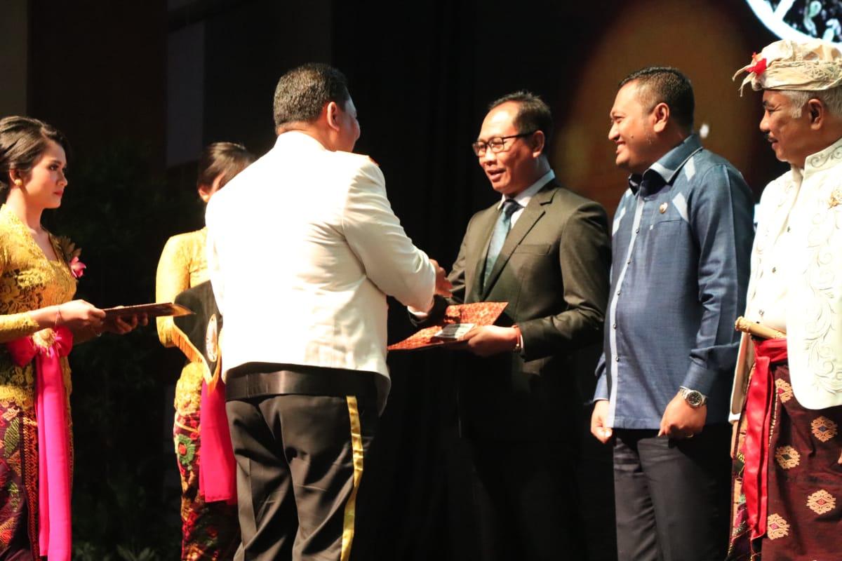 Wabup Suiasa Hadiri Syukuran HUT Ke-73 Bhayangkara di Nusa ...